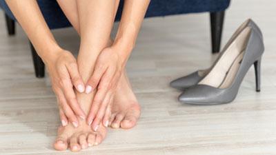 fájdalom a láb felső részének ízületében térdízületek kezelése kalugában