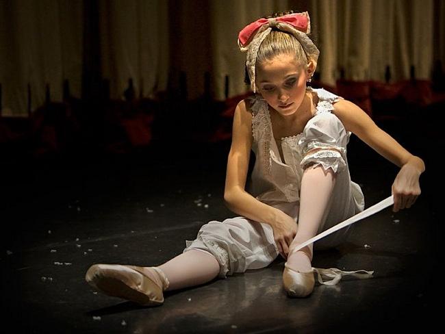 hogyan kezelik a balerinák az ízületeket