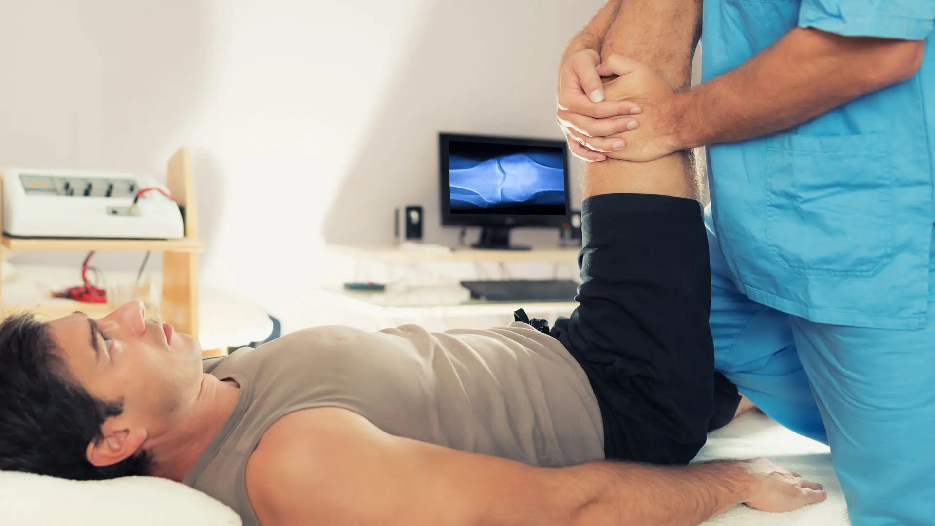 időszakos akut fájdalom a térdben