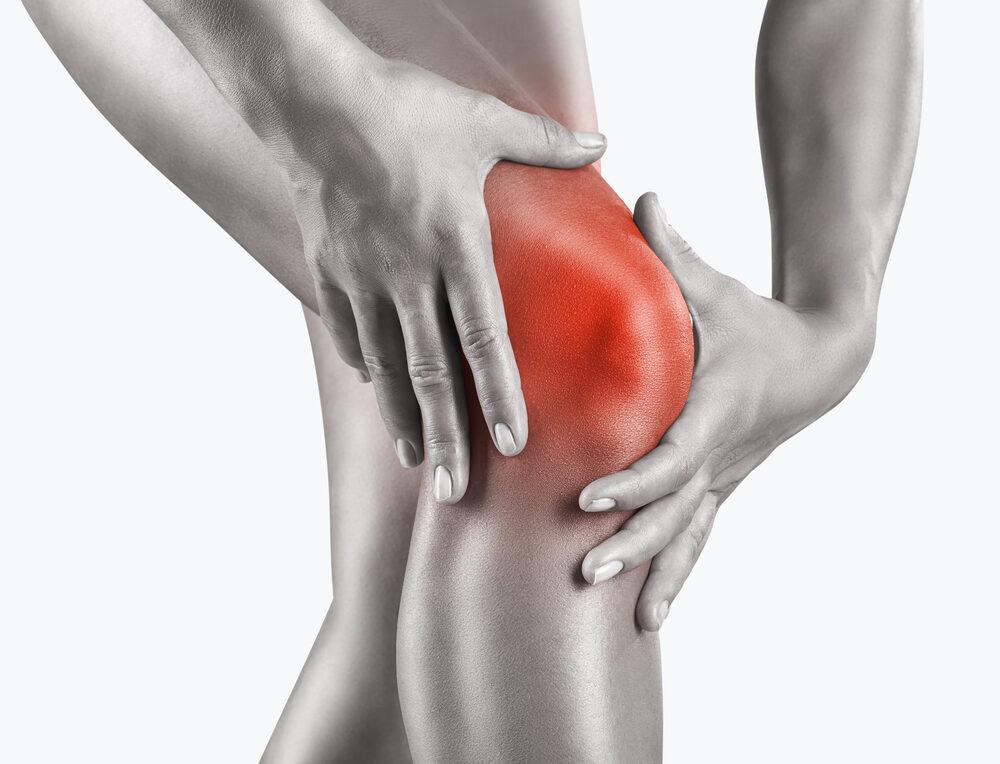 mi okozza a térd repedését hidegrázás hányinger ízületi fájdalom