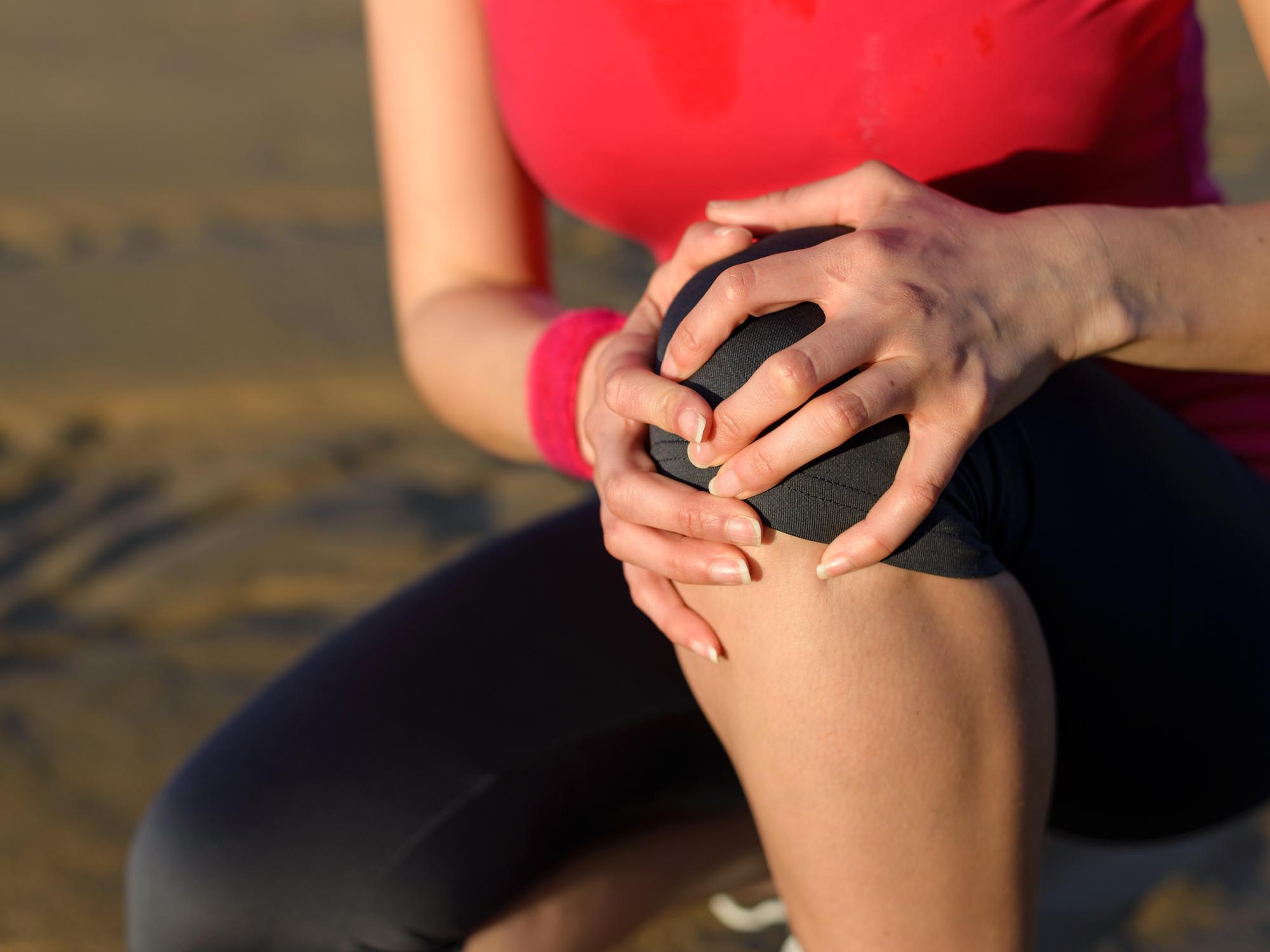 A térdízület keresztkötéseinek törése: tünetek, típusok, kezelés - Diagnosztika July