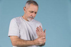 ízületi reuma kezelés tünetei fájdalom a lábban a térd felett az ízület felett