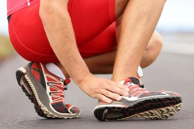 artrózis és ízületi gyulladás előfordulása és kezelése csípőízület feküdt az oldalán