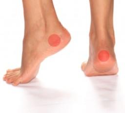 ismétlődő boka fájdalom a térd ízületei összeroppantnak