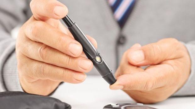 cukorbetegség ízületi fájdalom csípőízület kezelési technika