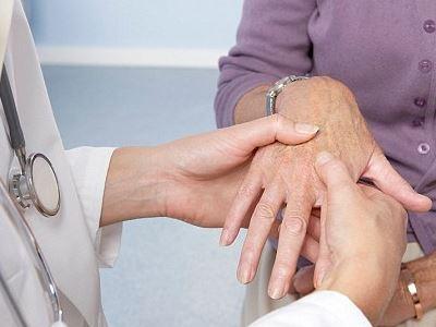 Mi a szeropozitív rheumatoid arthritis, tünetek, kezelés és étrend? - Sérülések