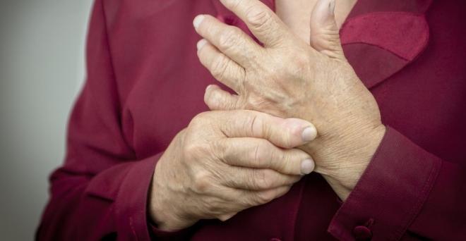 fájdalom az ujjak ízületeinek kezében