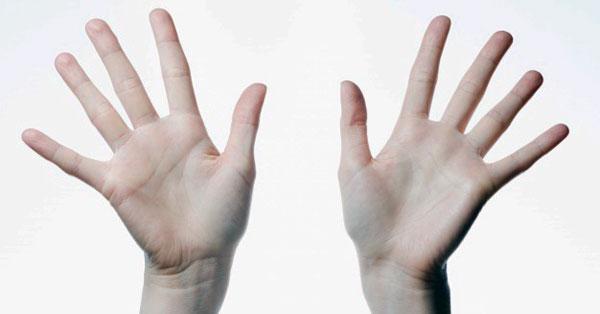 éles fájdalom a bal kéz vállízületében